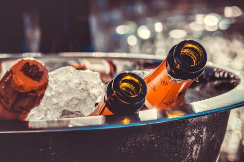 champagne-3515140 1920